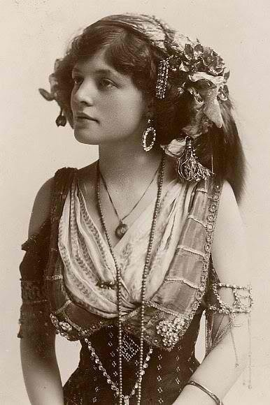 Vintage Picture of Boheian Gypsy