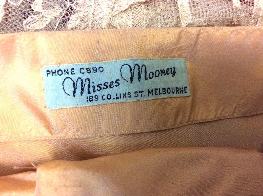 Misses Mooney Dress 1950's detail